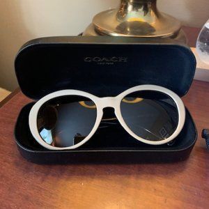 Coach Lindsay Sunglasses with Case